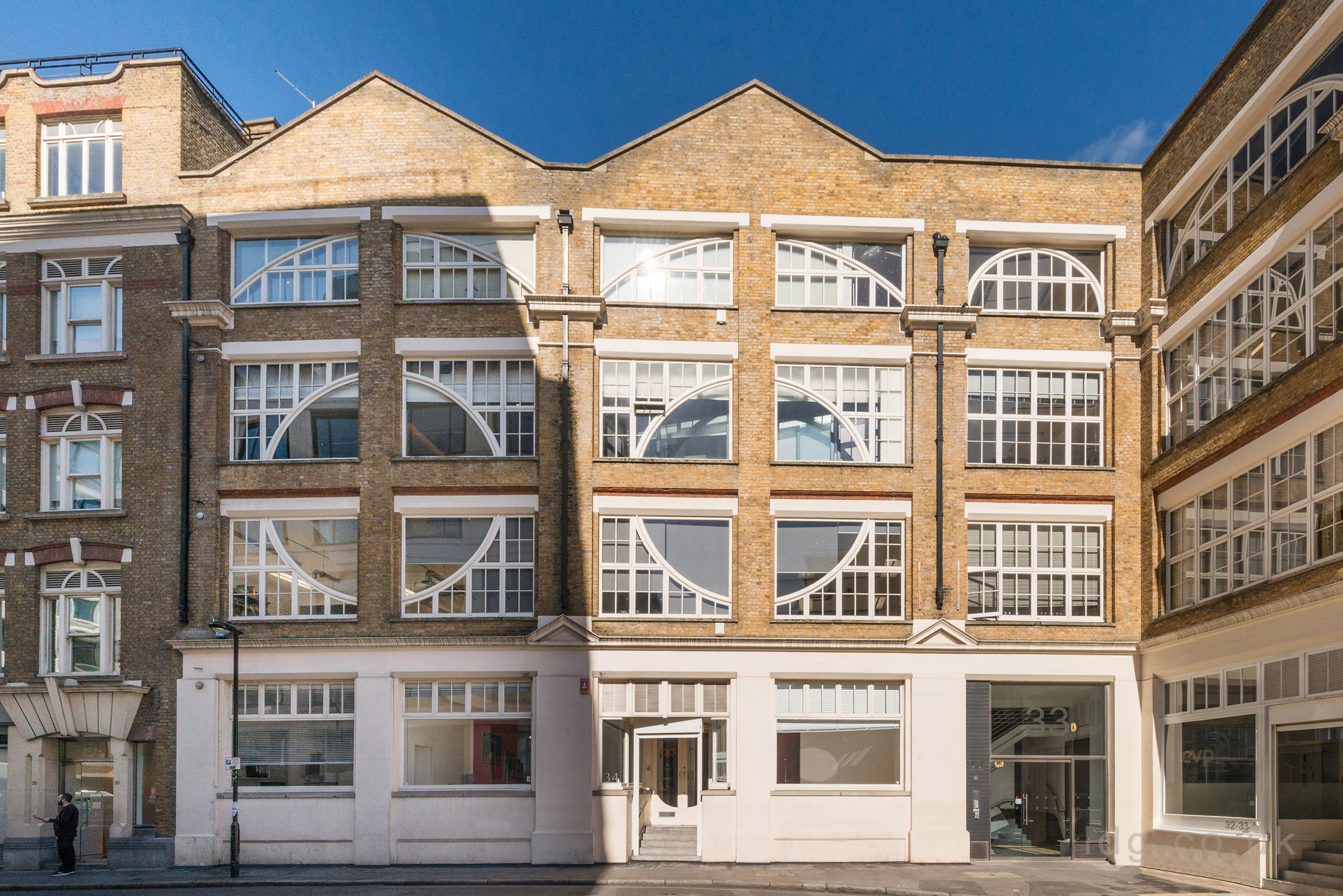 33-34 Gresse Street, London, UK W1T 1QX